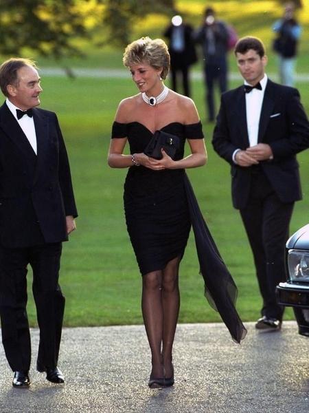 """Princesa Diana e o famoso """"vestido da vingança"""" - Getty Images"""