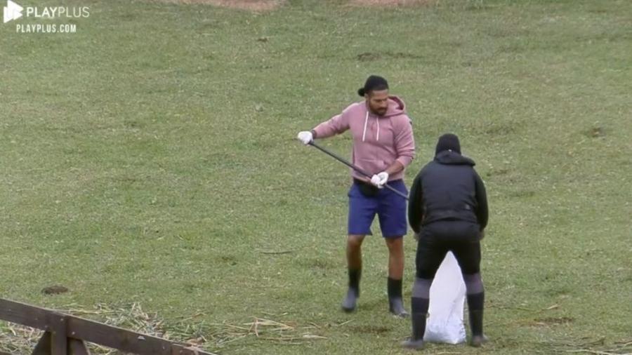 A Fazenda 2021: MC Gui e Bil Araújo criticam Erika Schneider - Reprodução/PlayPlus