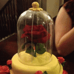 Outro exemplo de bolo com a mesma referência - Reprodução/Pinterest