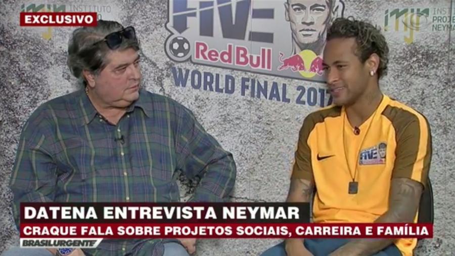 """Neymar é entrevistado por José Luiz Datena para o """"Brasil Urgente"""" - Reprodução/Band"""