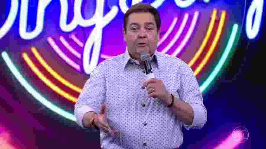 """Faustão se irrita com equipe do """"Domingão"""" e reclama ao vivo - Reprodução/TV Globo"""