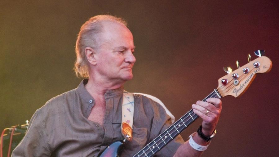 O baixista Jim Rodford  - Reprodução/Norrie Porter