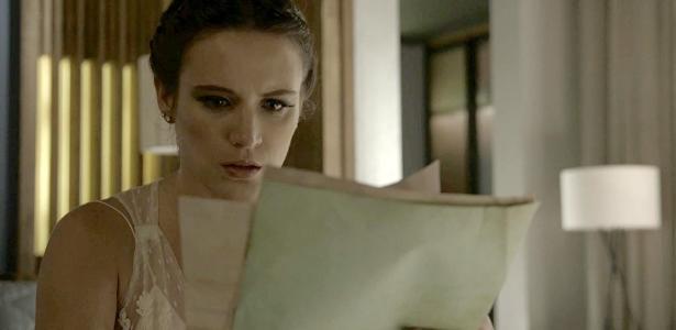 Clara fica chocada com descoberta