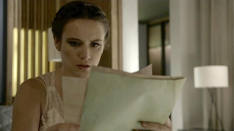 Clara fica chocada com descoberta - Reprodução/Gshow