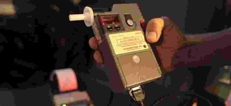Aparelho usado para fazer o teste do bafômetro - Zanone Fraissat/Folhapress