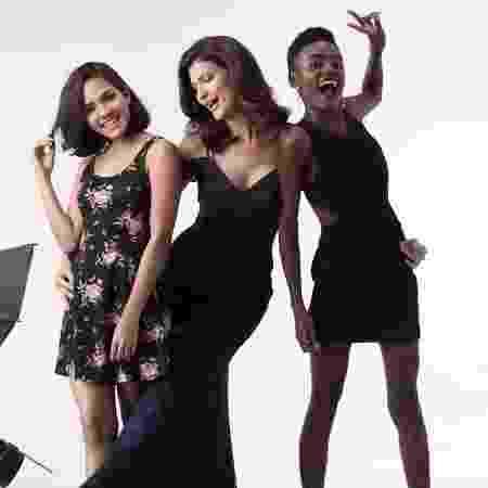 Sandra posa com modelos da Rio School - Arquivo Pessoal