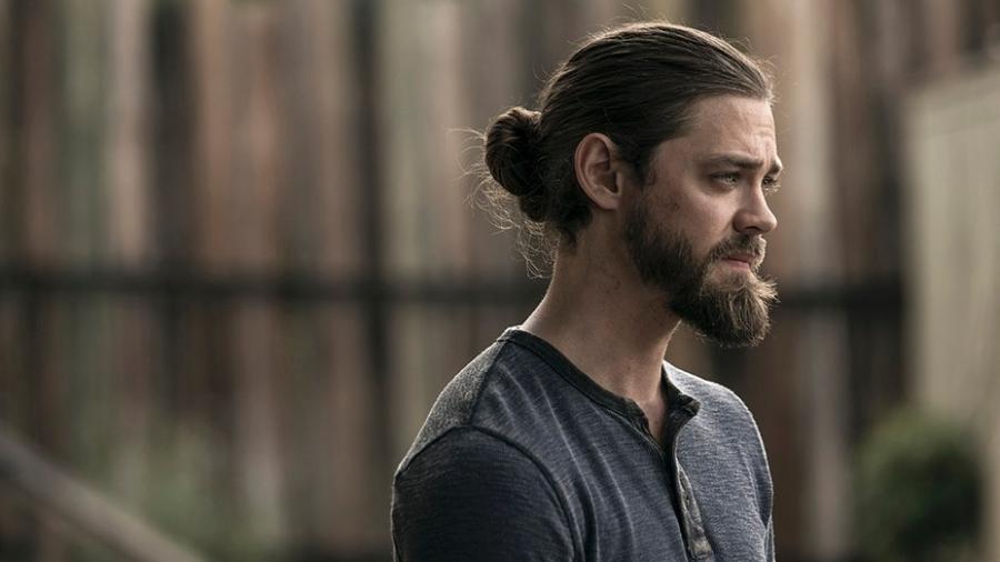 """Tom Payne como Jesus em """"The Walking Dead"""" - Divulgação"""