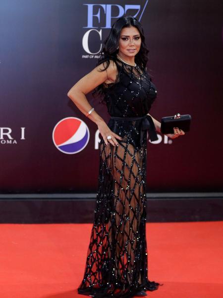 A atriz egípcia Rania Youssef no Festival de Cinema de Cairo - Suhail SALEH / AFP