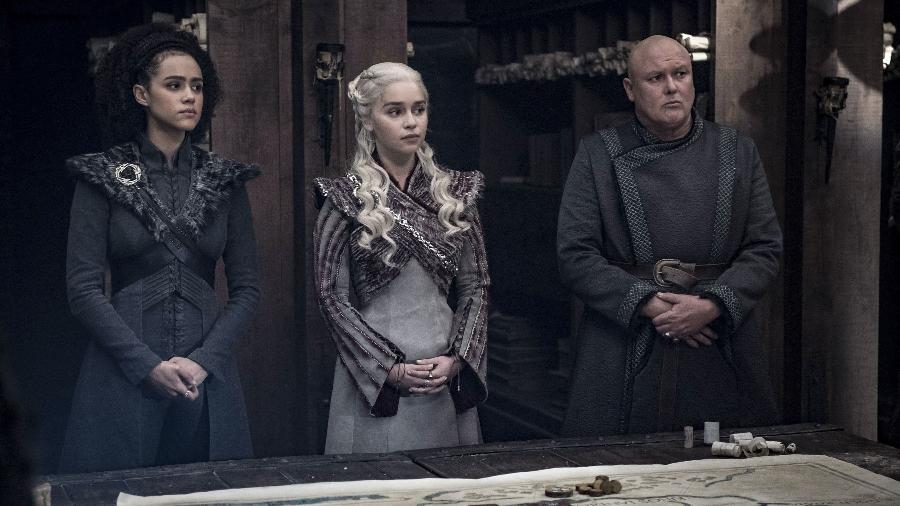 """Missandei, Daenerys e Varys em cena do quarto episódio da oitava temporada de """"Game of Thrones"""" - Divulgação"""