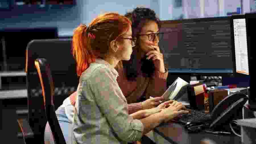Laboratória dá curso de programação sem custo; alunas contribuem com salário que ganharem depois - SolisImages/iStock