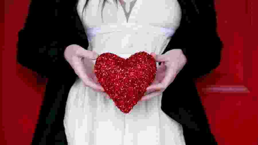 Amor em dezembro - Sharon Mccuthen