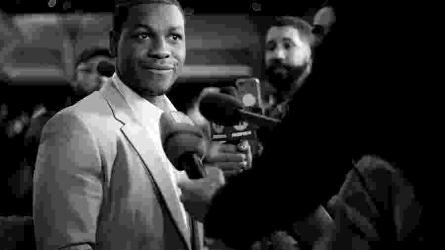 """John Boyega é abertamente fã de animes e mangás como """"Attack on Titan"""" e """"Naruto"""" - RICH FURY / GETTY IMAGES NORTH AMERICA / AFP"""
