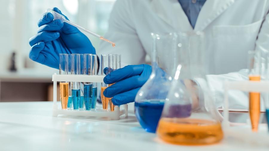 Crise da ciência contribui para a marginalização da pesquisa brasileira no cenário internacional - iStock
