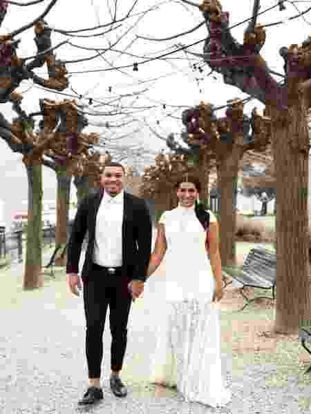 Naldo Benny e Moranguinho renovam votos de casamento em parque na Itália - Reprodução/Instagram