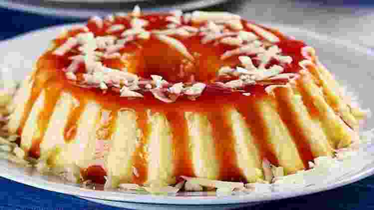 Pudim de queijo com calda de goiabada - Reprodução/Pinterest - Reprodução/Pinterest