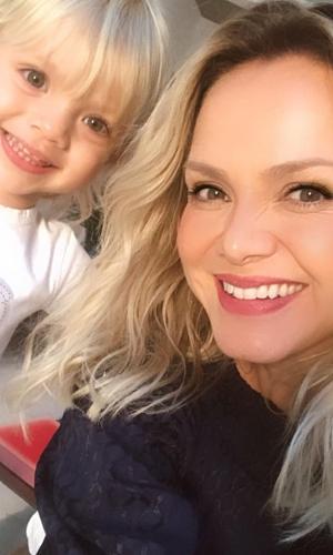 Eliana e a filha caçula em foto postada no Instagram