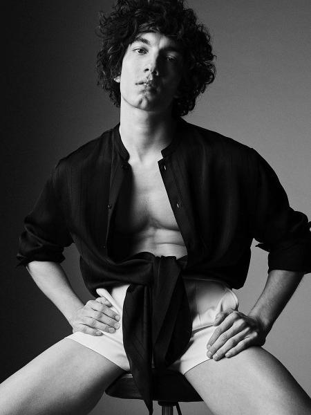 O ator chileno Jorge López não estará na 4ª temporada da série Elite, da Netflix - Reprodução/Instagram/VMagazine