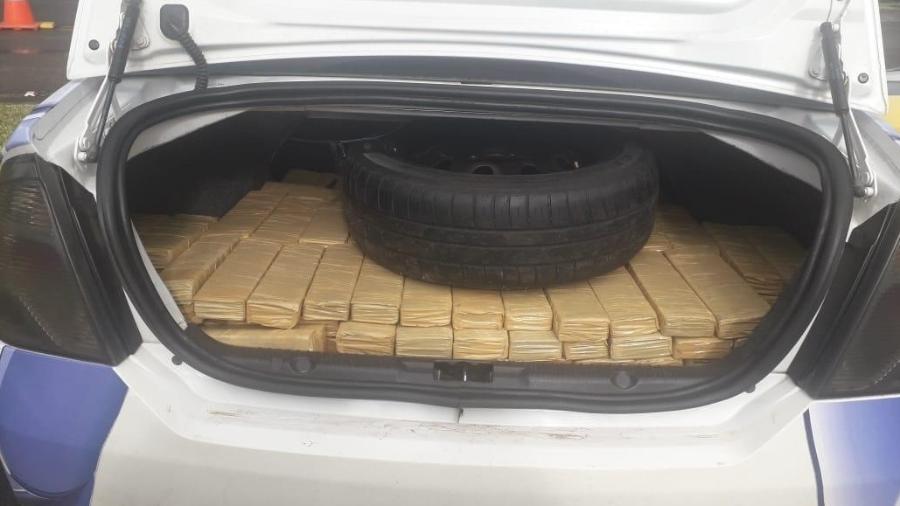 Falso carro de reportagem da Record é apreendido com 320kg de maconha - Coluna do Leo Dias