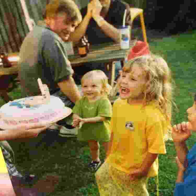 Um dos bolos de aniversário para a pequena Loretta - Arquivo pessoal - Arquivo pessoal
