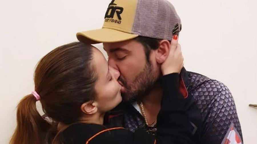Maiara parabeniza Fernando em seu aniversário - Reprodução/Instagram