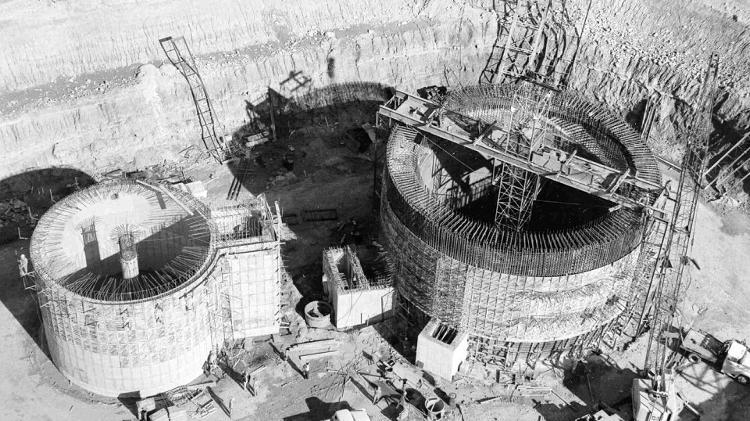 [Imagem: silo-de-missil-no-kansas-que-hoje-abriga...50x421.jpg]