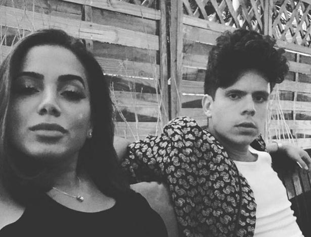 Anitta posa com Rudy Mancuso, cantor e amigo de Justin Bieber