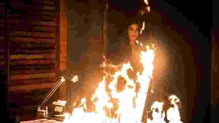 """Em """"A Força do Querer"""", Bibi bota fogo no restaurante - Reprodução/Gshow - Reprodução/Gshow"""