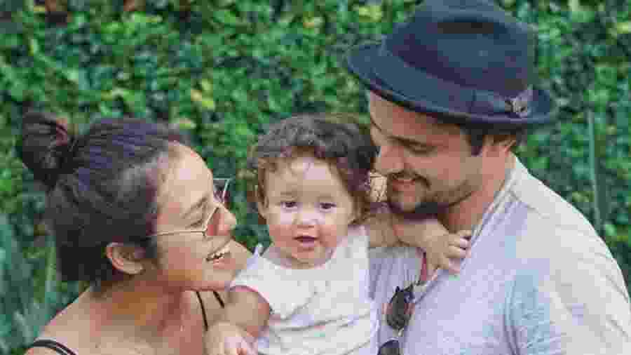 Yanna Lavigne e Bruno Gissoni com a filha, Madalena - Reprodução/Instagram