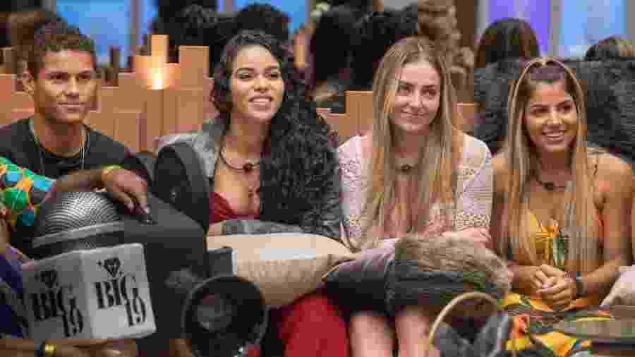 "Os participantes Danrley, Elana, Paula e Hariany do ""BBB19"" - Globo/Victor Pollak"