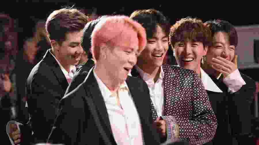 BTS reage ao prêmio de melhor grupo no Billboard Music Awards 2019 - Kevin Mazur/Getty Images for dcp