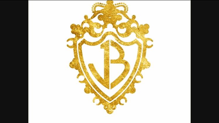 Logotipo antigo dos Jonas Brothers animou fãs no fim do clipe - reprodução/YouTube