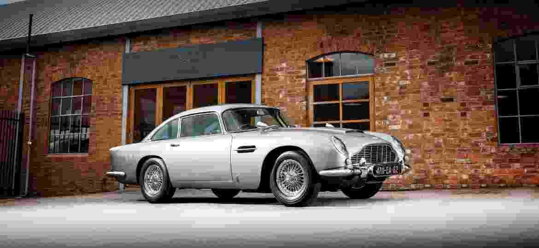 """Aston Martin DB5 recém leiloado foi construído nas especificações do filme """"007 Contra Goldfinger"""" - Divulgação"""