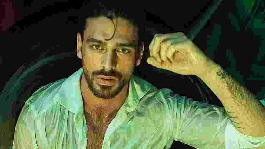 """O ator italiano Michele Morrone chama a atenção no papel do mafioso Massimo no filme """"365 Dias"""", disponível no Netflix - Reprodução/Instagram"""