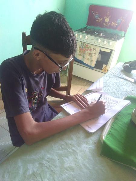Jeferson Lima da Silva, estudante de 13 anos da Zona Rural de Ninheira (MG) - Arquivo Pessoal