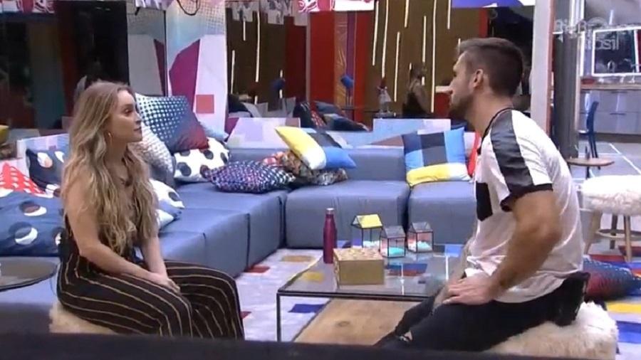 BBB 21: Arthur e Carla Diaz discutem a relação - Reprodução/Globoplay
