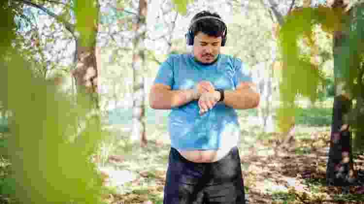 exercício, perda de peso, caminhada, treino - iStock - iStock