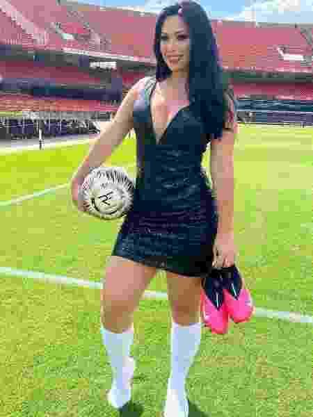 Estrela das embaixadinhas, Raquel Freestyle possui milhões de seguidores nas redes sociais - Reprodução/Instagram - Reprodução/Instagram