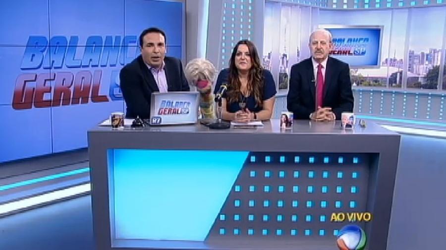 """Reinaldo Gottino, Fabíola Reipert e renato Lombardi, o """"trio ternura"""" do quadro """"A Hora da Venenosa"""" - Reprodução/Record"""