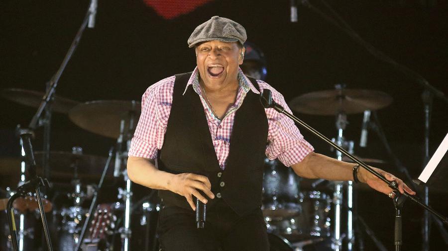 O cantor de jazz Al Jarreau morreu neste domingo, aos 76 anos, em Los Angeles, pouco depois de anunciar sua aposentadoria dos palcos - Fernando Maia/UOL