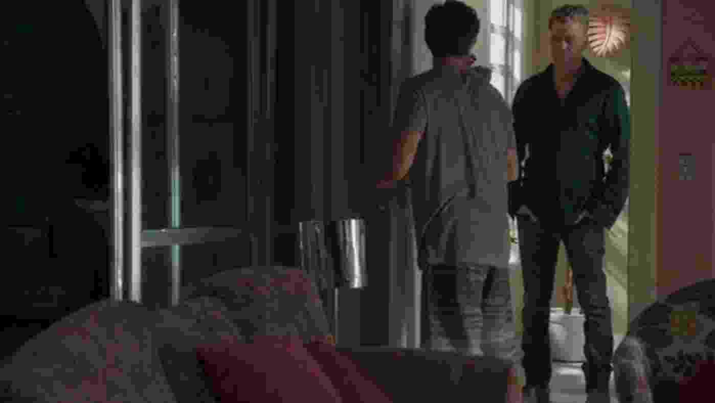 """Arthur visita Jonatas e propõe para ele viajar com Eliza para Paris no último capítulo de """"Totalmente Demais"""" - Reprodução/TV Globo"""