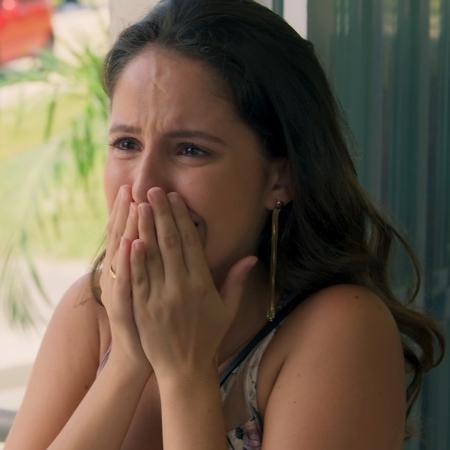 """Nanda se emociona ao confirmar que Renato recebeu o coração de Filipe em transplante - Reprodução/Gshow/""""Malhação"""""""