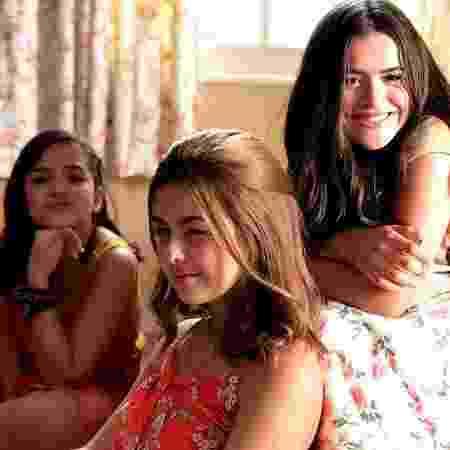 """Mel Maia, Klara Castanho e Maisa Silva nos bastidores do filme """"Tudo por um Popstar"""" - Reprodução/Instagram/klarafgcastanho - Reprodução/Instagram/klarafgcastanho"""