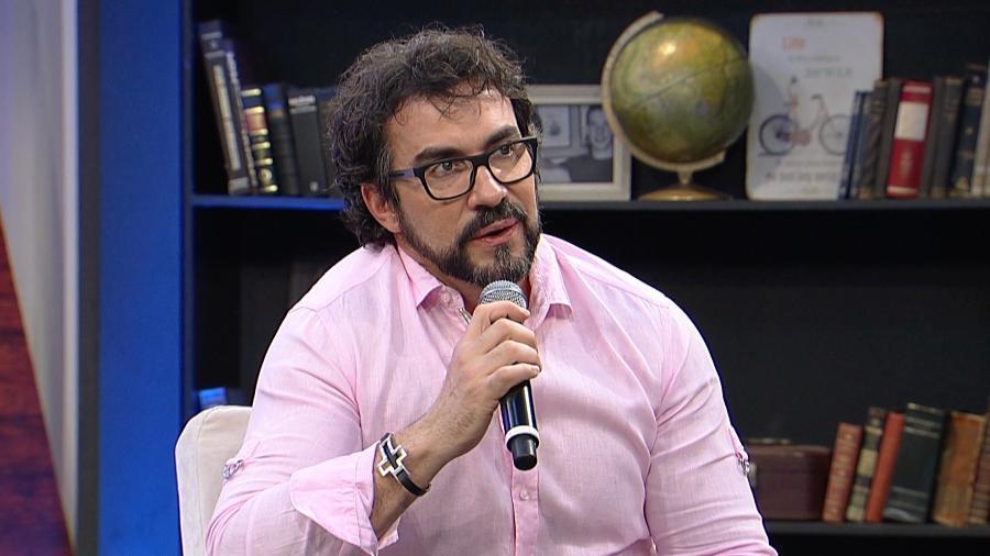 """Padre Fábio de Melo participa do programa """"Mariana Godoy Entrevista"""", da RedeTV! - Divulgação/RedeTV!"""