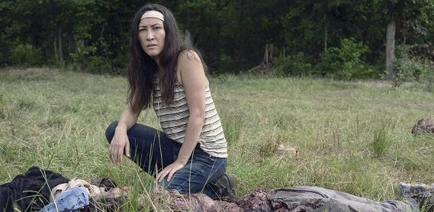 "Eleanor Matsuura como Yumiko em ""The Walking Dead"""