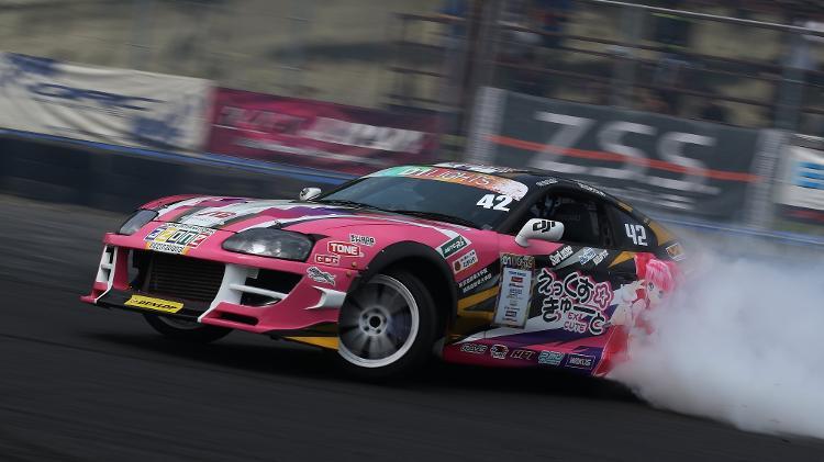 Tsukamoto corre em outras categorias, mas ficou famosa pelas provas de drift - Divulgação