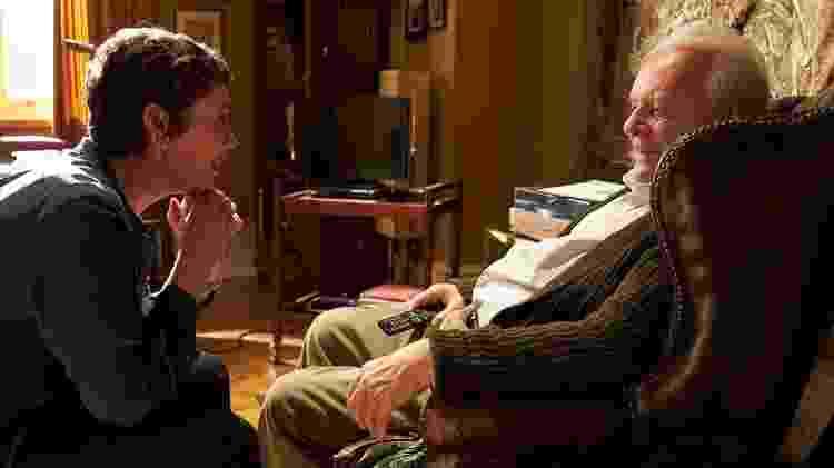 Olivia Colman e Anthony Hopkins em cena de 'Meu Pai': multas para ir ao Oscar? - Divulgação/IMDb - Divulgação/IMDb