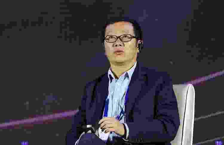 Cixin Liu fala durante convenção de ficção científica em Beijing (China), em 2019 - VCG via Getty Images - VCG via Getty Images