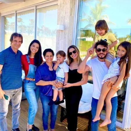 Alexandre suita e a familia - Reprodução/Instagram