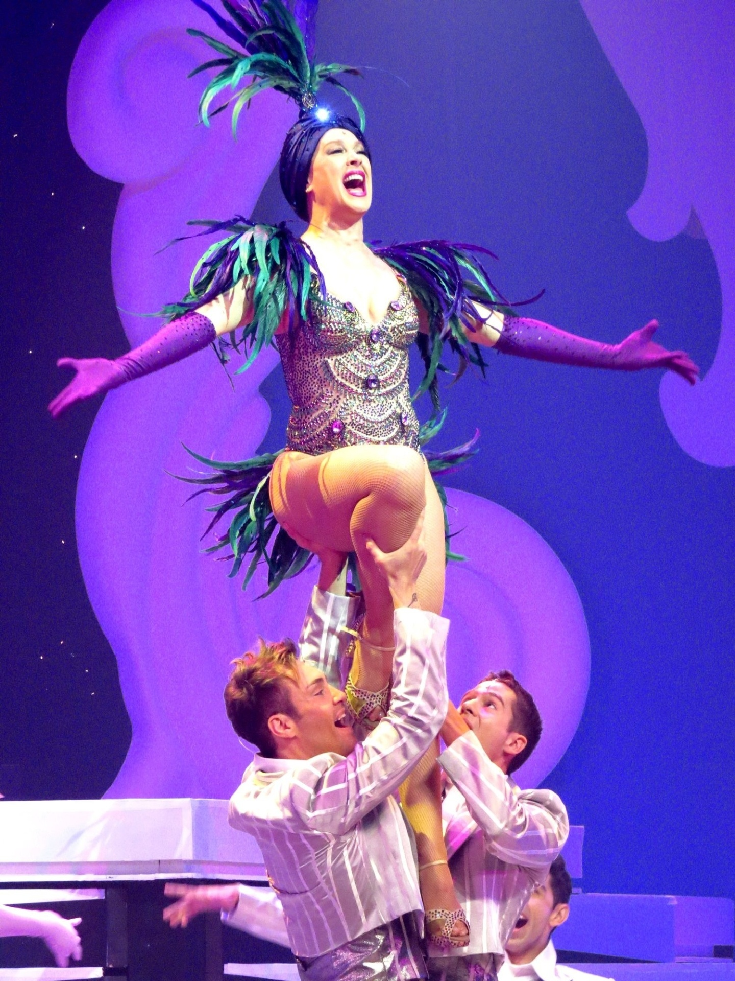 21.jul.2015 - Claudia disse que o espetáculo vai retratar os principais momentos que ela viveu no palco