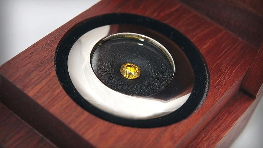 Diamante feito com as cinzas pode custar até 30 mil dólares - Divulgação/Crematório Vaticano